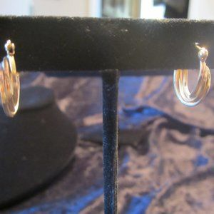 Vintage 14KT Tri Loop Earrings